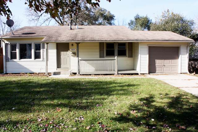 3024 Wakefield Drive, Carpentersville, IL 60110 (MLS #10571034) :: The Wexler Group at Keller Williams Preferred Realty