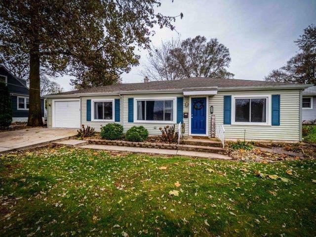 443 Krenz Avenue, Cary, IL 60013 (MLS #10571768) :: Lewke Partners