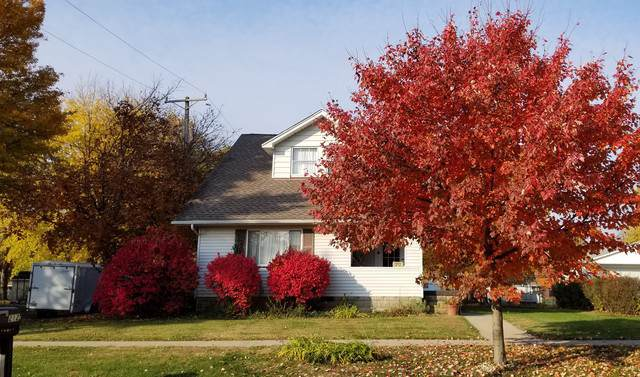 212 S Monroe Street S, Mackinaw, IL 61755 (MLS #10572023) :: BNRealty