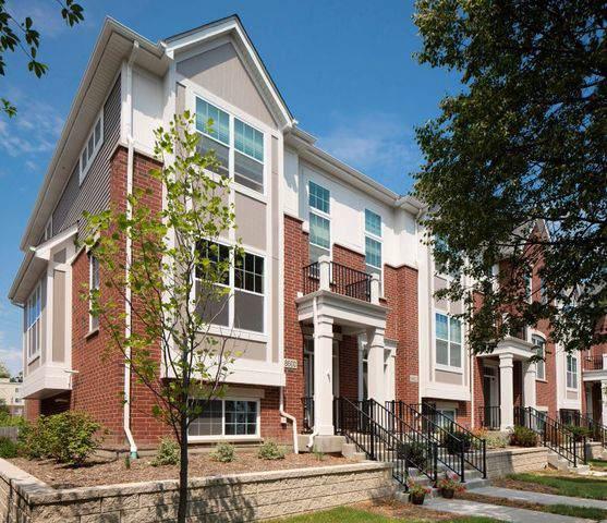 8620 Ferris Avenue 3-6, Morton Grove, IL 60053 (MLS #10572178) :: The Mattz Mega Group