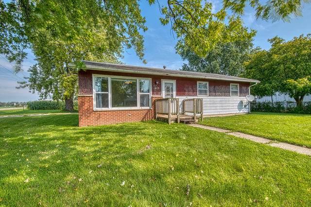 413 W Knights Road, Sandwich, IL 60548 (MLS #10572760) :: Helen Oliveri Real Estate