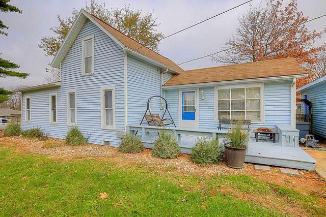 212 S Water Street, ST. JOSEPH, IL 61873 (MLS #10572853) :: Littlefield Group