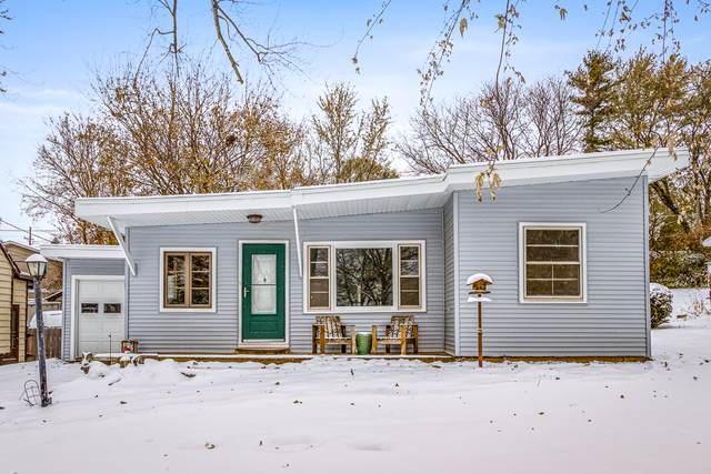 909 Pershing Drive, Wauconda, IL 60084 (MLS #10572898) :: Angela Walker Homes Real Estate Group