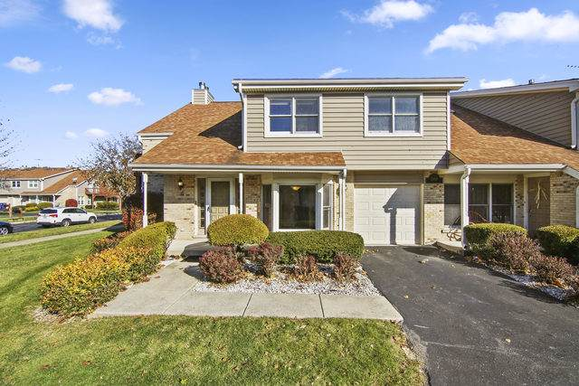 1908 Wisteria Court #4, Naperville, IL 60565 (MLS #10572970) :: O'Neil Property Group