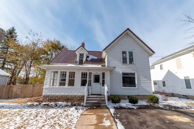 404 Garfield Street, Harvard, IL 60033 (MLS #10572997) :: John Lyons Real Estate