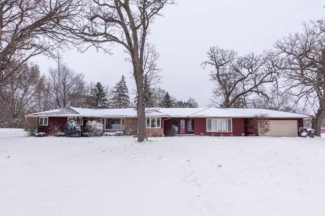 3014 S Il Route 47 Road S, Woodstock, IL 60098 (MLS #10573246) :: Lewke Partners