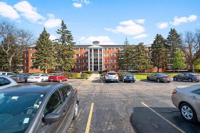 1050 N Farnsworth Avenue #103, Aurora, IL 60505 (MLS #10573641) :: John Lyons Real Estate