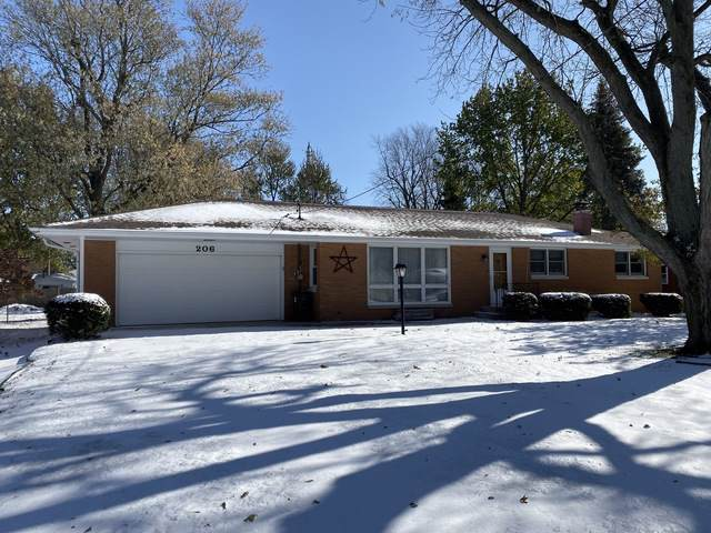 206 S Broadway Street, Hudson, IL 61748 (MLS #10574057) :: The Perotti Group | Compass Real Estate