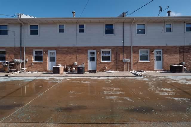 105 E Lincoln Street H, Normal, IL 61761 (MLS #10574336) :: The Perotti Group | Compass Real Estate