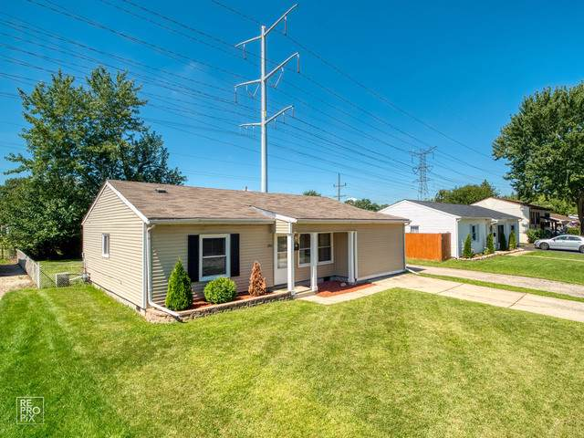 202 Hemlock Avenue, Romeoville, IL 60446 (MLS #10574507) :: The Wexler Group at Keller Williams Preferred Realty
