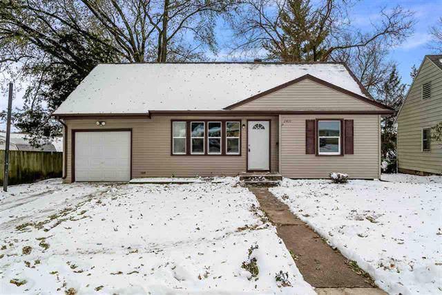 2410 East Gate Parkway, Rockford, IL 61108 (MLS #10574769) :: Ryan Dallas Real Estate