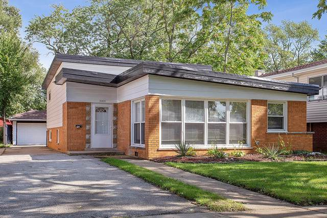 15439 Dobson Avenue, Dolton, IL 60419 (MLS #10574804) :: Berkshire Hathaway HomeServices Snyder Real Estate