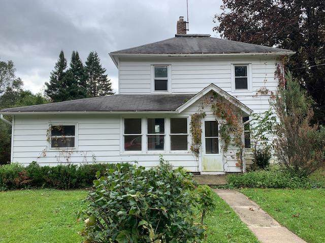 8605 Madison Street, Crystal Lake, IL 60014 (MLS #10574834) :: The Perotti Group | Compass Real Estate