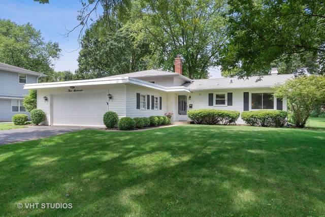 317 W Gartner Road, Naperville, IL 60540 (MLS #10574938) :: Angela Walker Homes Real Estate Group