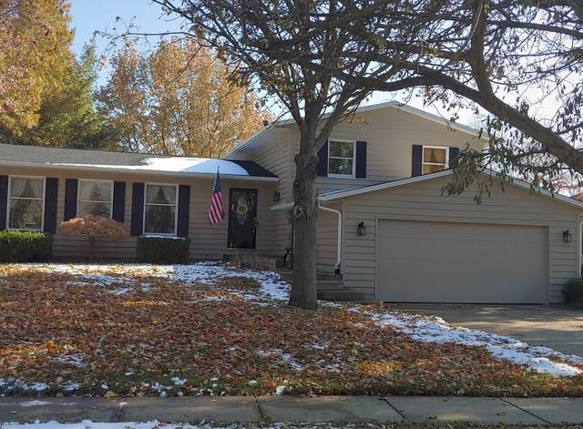 904 Fawn Drive, Mahomet, IL 61853 (MLS #10575799) :: Ryan Dallas Real Estate