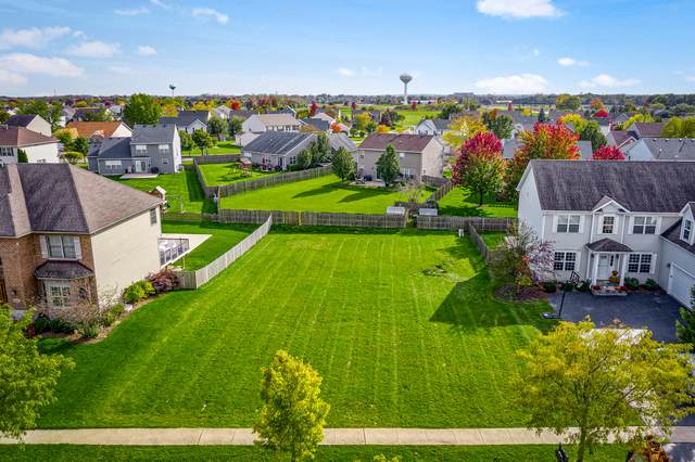 5270 Greenshire Circle, Lake In The Hills, IL 60156 (MLS #10575892) :: The Wexler Group at Keller Williams Preferred Realty