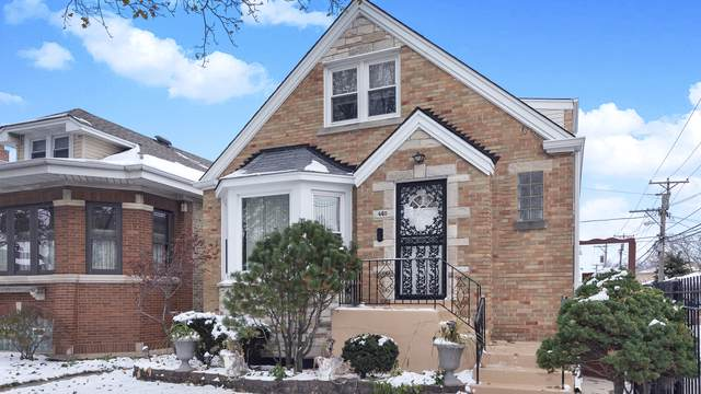 4415 N Menard Avenue, Chicago, IL 60630 (MLS #10575919) :: LIV Real Estate Partners