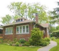 2643 Lincolnwood Drive, Evanston, IL 60201 (MLS #10576661) :: Property Consultants Realty