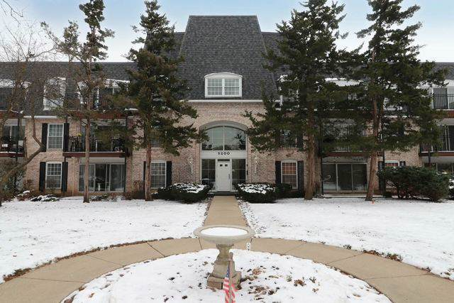 5200 Carriageway Drive #224, Rolling Meadows, IL 60008 (MLS #10576901) :: Touchstone Group