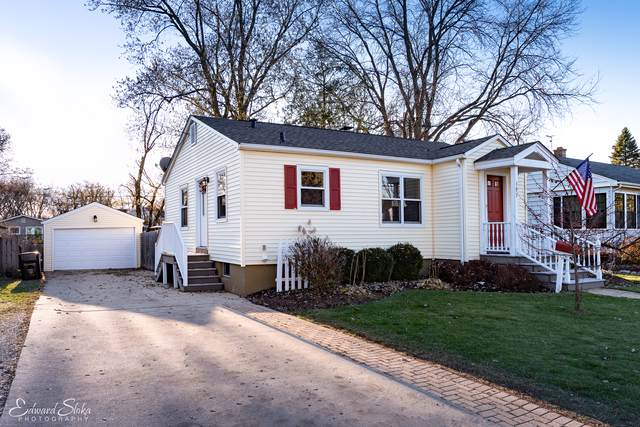 393 Douglas Avenue, Crystal Lake, IL 60014 (MLS #10577030) :: The Perotti Group | Compass Real Estate