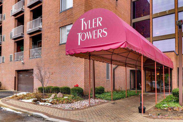 1450 Plymouth Lane #510, Elgin, IL 60123 (MLS #10577357) :: The Mattz Mega Group