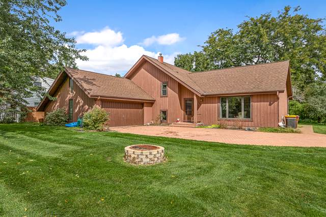 7202 Hillside Road, Crystal Lake, IL 60012 (MLS #10577824) :: Touchstone Group