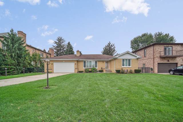 7018 N Kilpatrick Avenue, Lincolnwood, IL 60712 (MLS #10578069) :: The Perotti Group | Compass Real Estate
