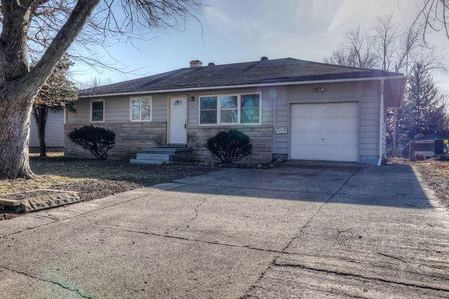 1501 Paula Drive, Champaign, IL 61821 (MLS #10578188) :: Ryan Dallas Real Estate