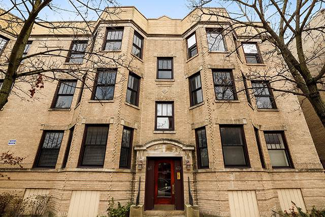 613 W Melrose Street #3, Chicago, IL 60657 (MLS #10578277) :: John Lyons Real Estate