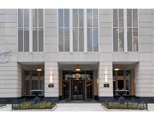 55 E Erie Street #5401, Chicago, IL 60610 (MLS #10578364) :: Property Consultants Realty