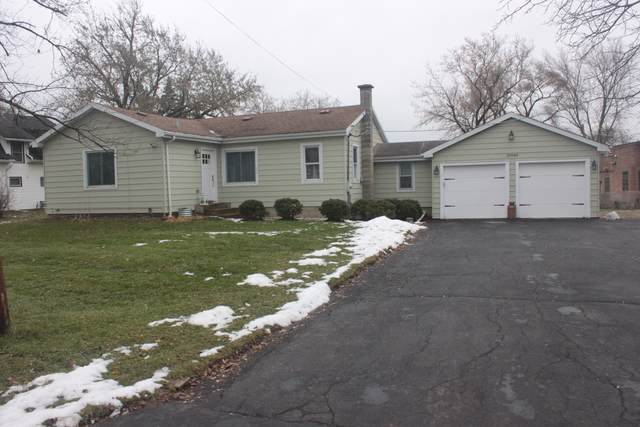 20689 W Park Avenue, Mundelein, IL 60060 (MLS #10578413) :: The Dena Furlow Team - Keller Williams Realty