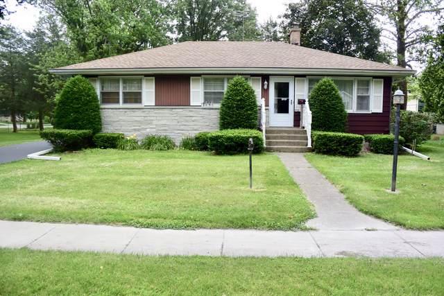 310 S Madison Street, Oswego, IL 60543 (MLS #10579060) :: Touchstone Group