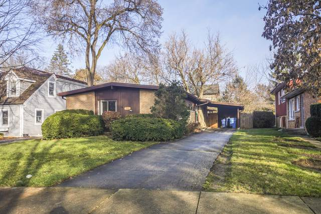 1079 Princeton Avenue, Highland Park, IL 60035 (MLS #10579888) :: Lewke Partners