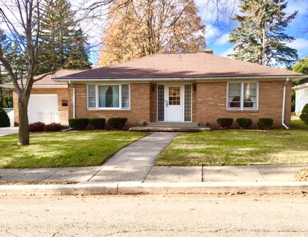 1840 Pike Street, Peru, IL 61354 (MLS #10579963) :: The Perotti Group | Compass Real Estate