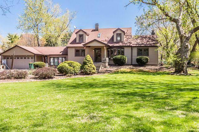 1037 Lincoln Lane, Elk Grove Village, IL 60007 (MLS #10580598) :: Baz Realty Network | Keller Williams Elite
