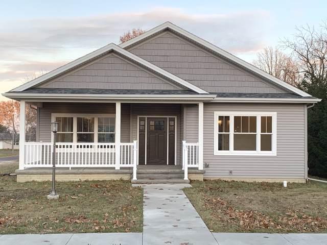 201 S Sycamore Street, El Paso, IL 61738 (MLS #10580672) :: Property Consultants Realty