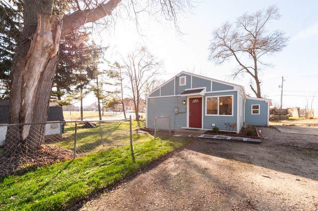 213 Willow Road, Lakemoor, IL 60051 (MLS #10580819) :: LIV Real Estate Partners