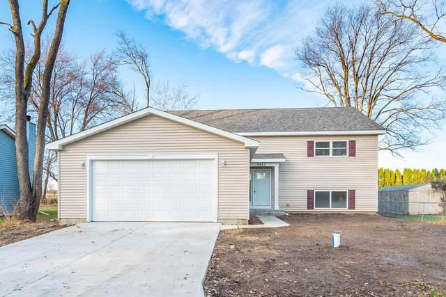 6922 Hiawatha Drive, Wonder Lake, IL 60097 (MLS #10581176) :: LIV Real Estate Partners