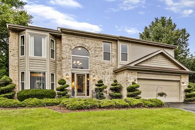 400 Old Oak Circle, Algonquin, IL 60102 (MLS #10581441) :: Littlefield Group