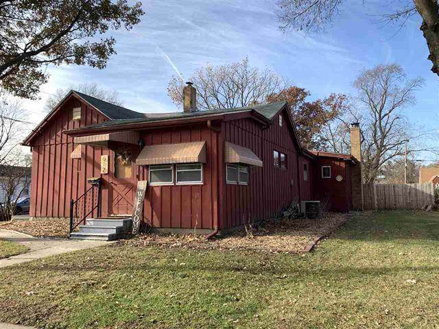 612 10th Avenue, Rock Falls, IL 61071 (MLS #10582038) :: The Wexler Group at Keller Williams Preferred Realty