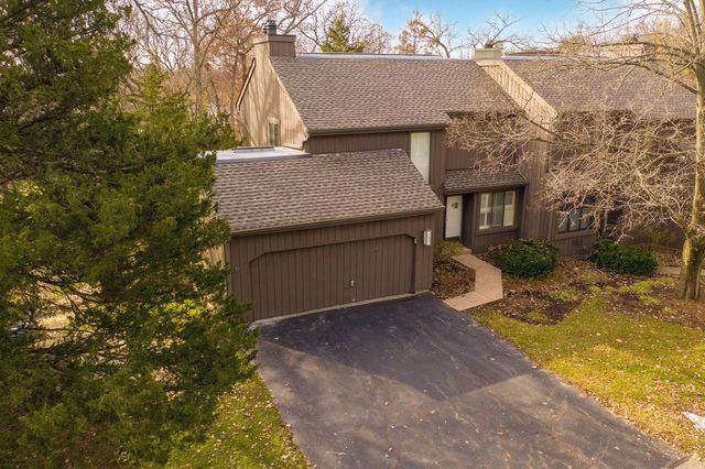 388 Woodview Road I-104, Lake Barrington, IL 60010 (MLS #10582344) :: Touchstone Group