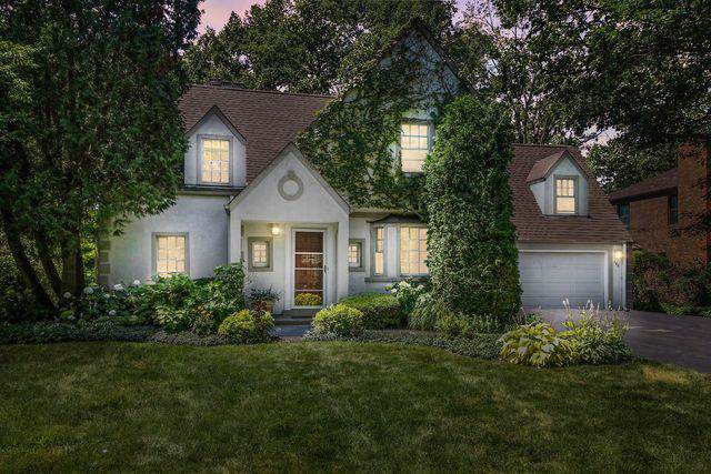 140 Indian Tree Drive, Highland Park, IL 60035 (MLS #10582365) :: Lewke Partners