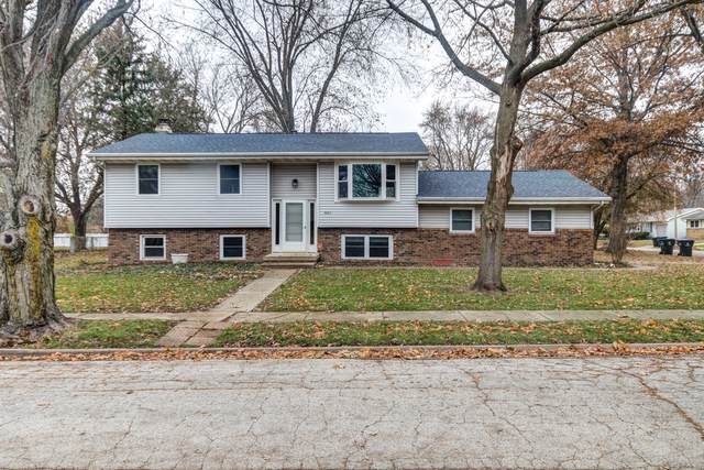 2904 Hanover Drive, Bloomington, IL 61704 (MLS #10582498) :: The Wexler Group at Keller Williams Preferred Realty