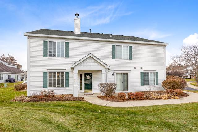 692 Fieldcrest Drive A, South Elgin, IL 60177 (MLS #10582781) :: Suburban Life Realty