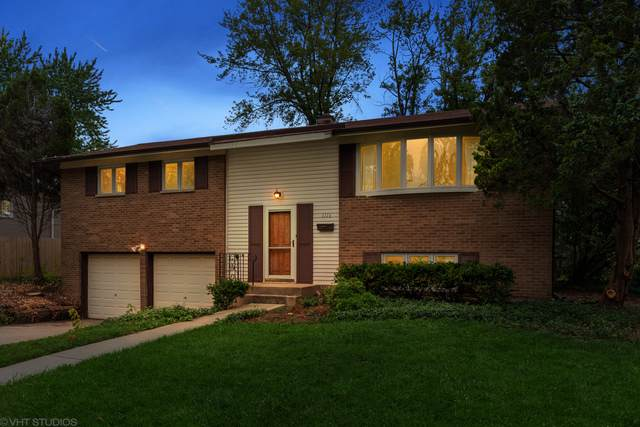1116 E Pratt Drive, Palatine, IL 60074 (MLS #10583998) :: Berkshire Hathaway HomeServices Snyder Real Estate