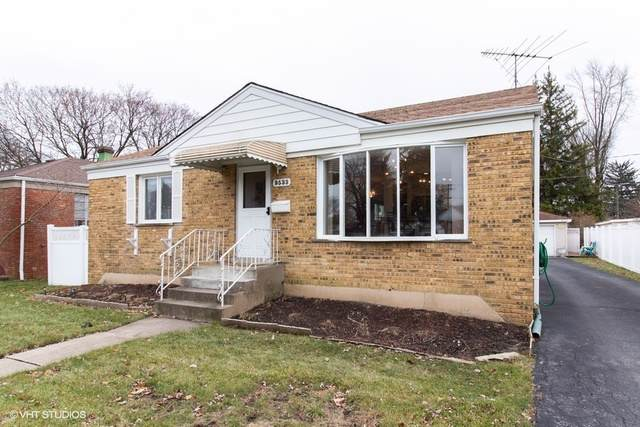9533 Lincoln Avenue, Brookfield, IL 60513 (MLS #10584155) :: Angela Walker Homes Real Estate Group