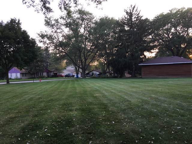 6860 Center Avenue, Hanover Park, IL 60133 (MLS #10584225) :: Angela Walker Homes Real Estate Group