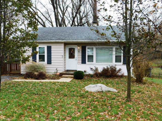 4 Hawthorne Road, Lake In The Hills, IL 60156 (MLS #10584249) :: Suburban Life Realty