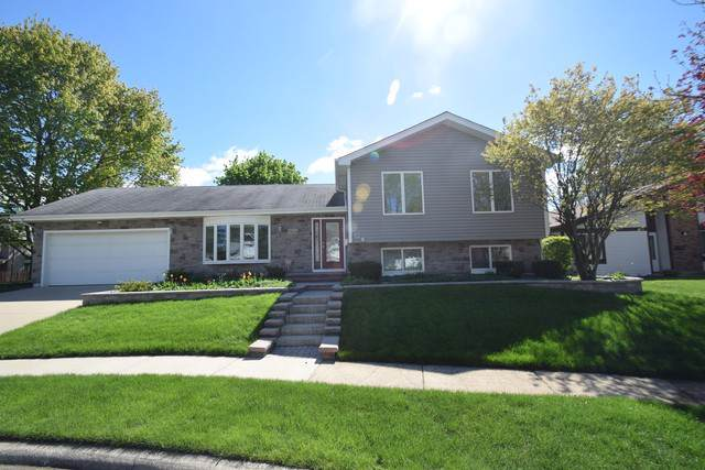 5834 Franklin Court, Hanover Park, IL 60133 (MLS #10585719) :: Century 21 Affiliated