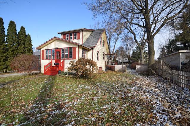 140 South Street, Crystal Lake, IL 60014 (MLS #10585732) :: The Perotti Group | Compass Real Estate